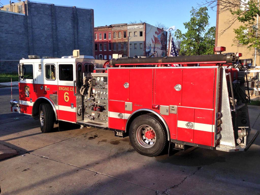 Just last week Lt. Kevin McRae & DCFD Engine 6 came to Baltimore to #StandWithBCFD #IAFF http://t.co/iHr5do6zWP