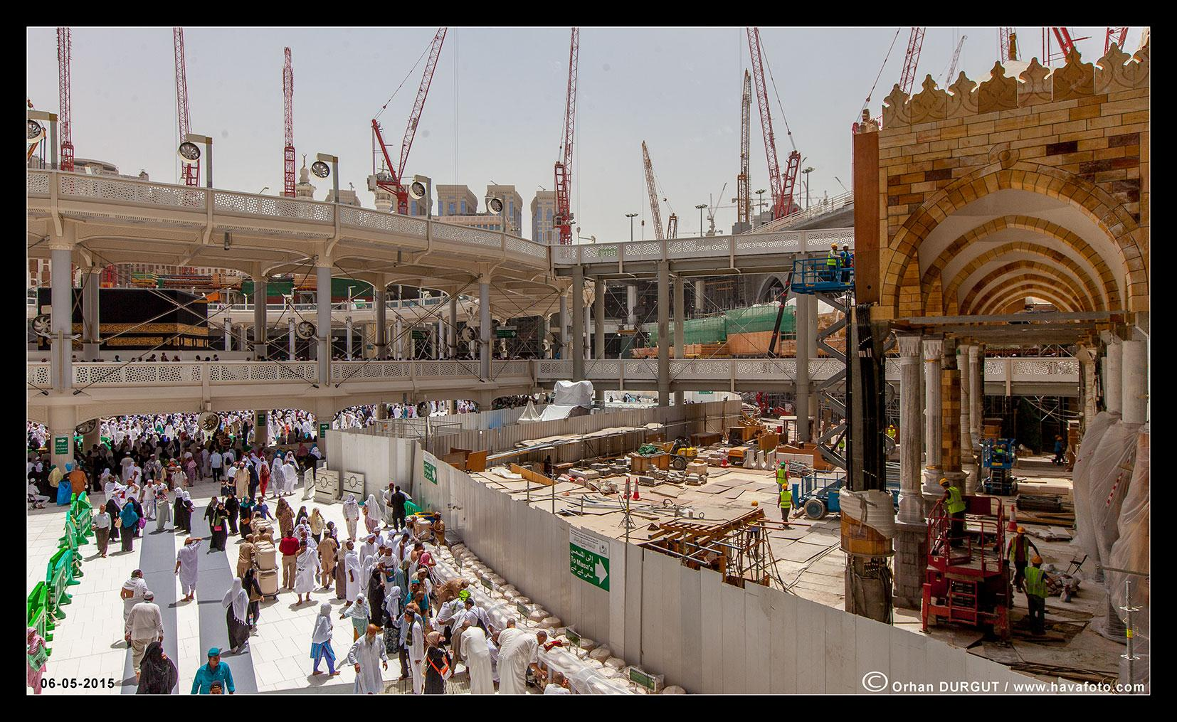 Mosque Mataf Expansion - Page 5 CEW865xUIAA7vlm