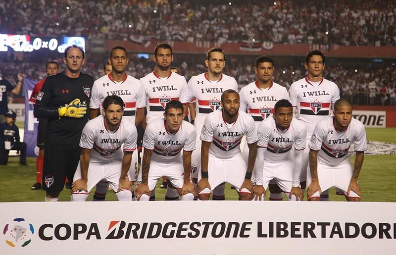 Na base da insistência, Tricolor larga na frente nas oitavas! http://t.co/KJ4wu7qr6S   #VamosSãoPaulo #IWill