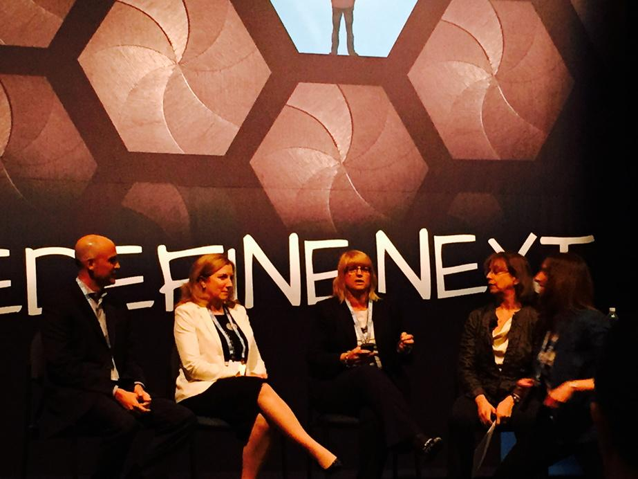 Carolyn Muise on Using Big Data to advocate on behalf of our customers #CX #EMCWORLD http://t.co/oyA0jyuOZb