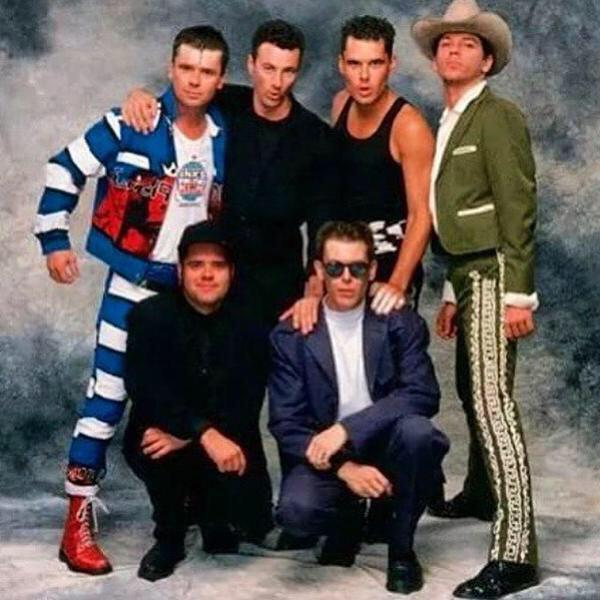 Best band in't world http://t.co/ua68afbdeQ