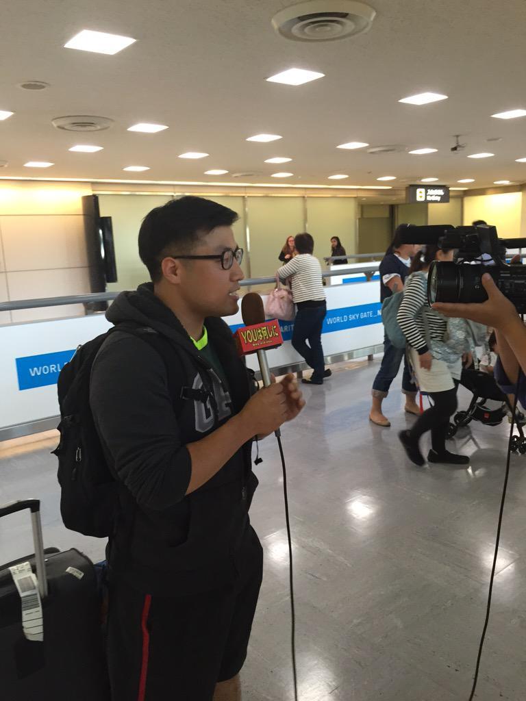 Sam Ock、成田空港でYOUは何しに日本へ?に取材されるの巻。 http://t.co/5vfm5DMOIA