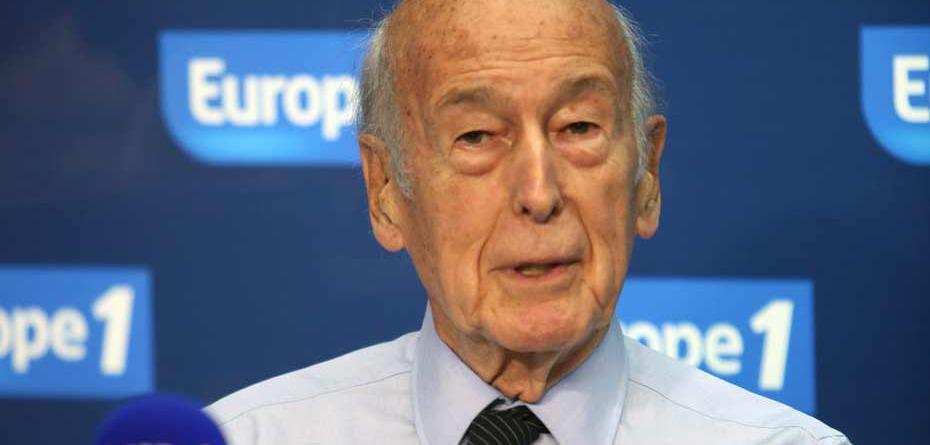 'Les dirigeants ne pensent qu'à leur réélection. Pour se faire réélire, ils accusent l'Europe' #VGE #E1matin
