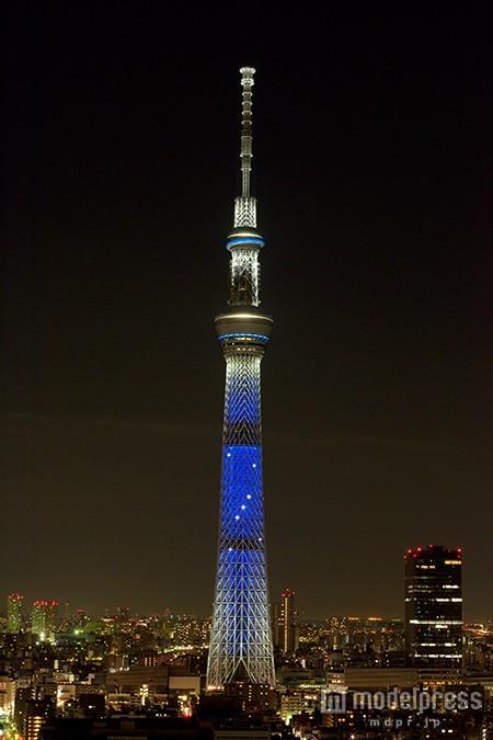 三代目JSBカラーに染まる東京スカイツリー、メンバー写真展も開催travel.mdpr.jp/travel/1485620 #三代目JSB @jsb3_official pic.twitter.com/HGG72UYrl5
