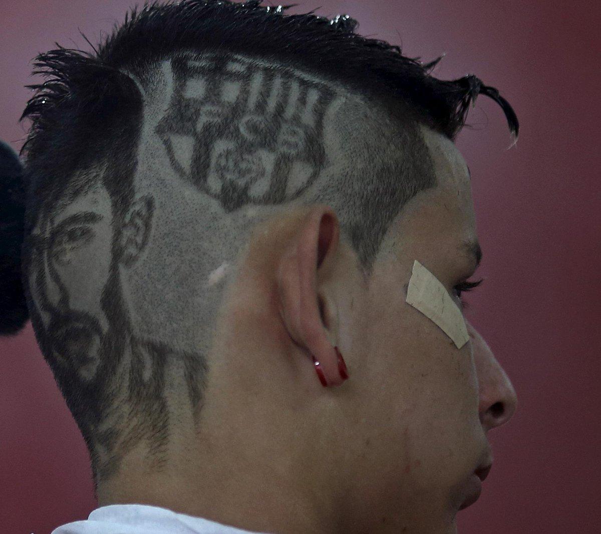 Болельщик выстриг Неймара на затылке (Фото) - изображение 3