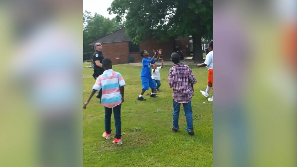 "Man shares video of officer, children playing ""so people can know what kind of cops we have"" - http://t.co/Xop4I3lZn0 http://t.co/35pXbvLrd3"