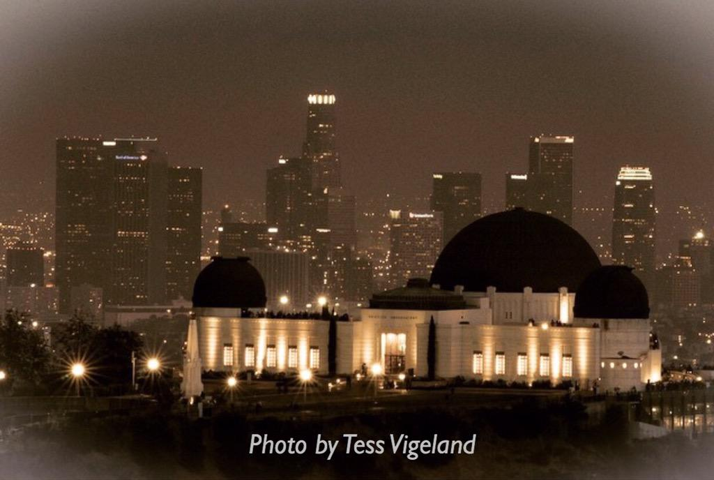 Happy 80th Birthday Griffith Observatory! Author @ArnoldSchwartzm on its design and architecture this aft on @KCRW. http://t.co/YVYBunmMgZ