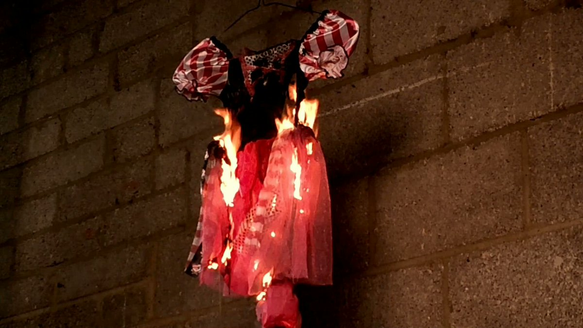 More footage of our fancy dress fire test can be found on our new Facebook page http://t.co/i7v7eEKSlX http://t.co/kGsXmgsEA8