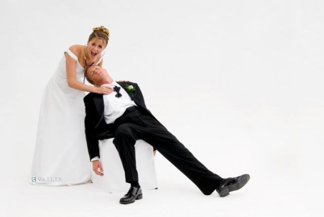 نتيجة بحث الصور عن الزواج من ميت فى فرنسا