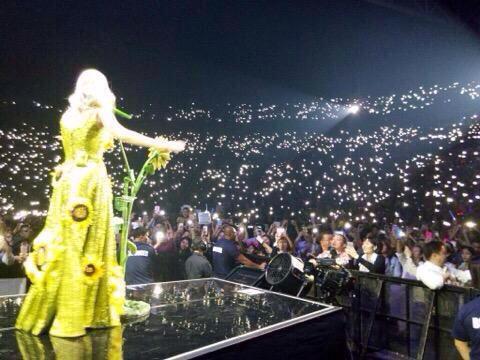 Katy Perry >> The Prismatic World Tour - Página 2 CEarJVJVAAAfo4H