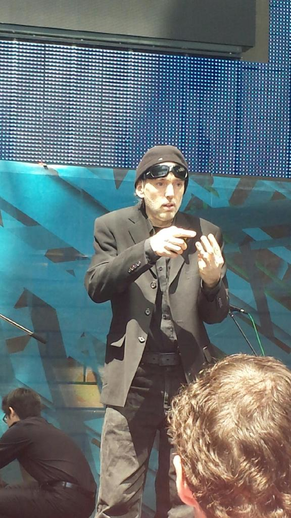 The @Hydraulist can do a mean push up!  #DigifestTO15 http://t.co/wPNqBBN4kt