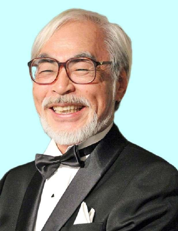 アニメ映画監督の宮崎駿氏とジャーナリストの鳥越俊太郎氏が、「辺野古基金」の共同代表に就任。 http://t.co/Zud1XcWoIj http://t.co/7403z1raPK