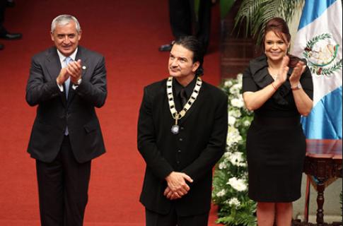 Ricardo Arjona se declara crema