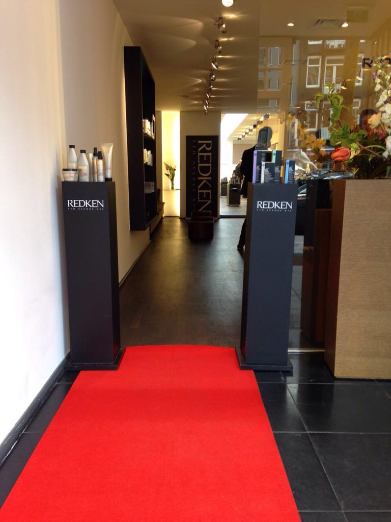 Redken presslaunch @ Rob Peetoom Amsterdam. http://t.co/UE9dEGOrAY