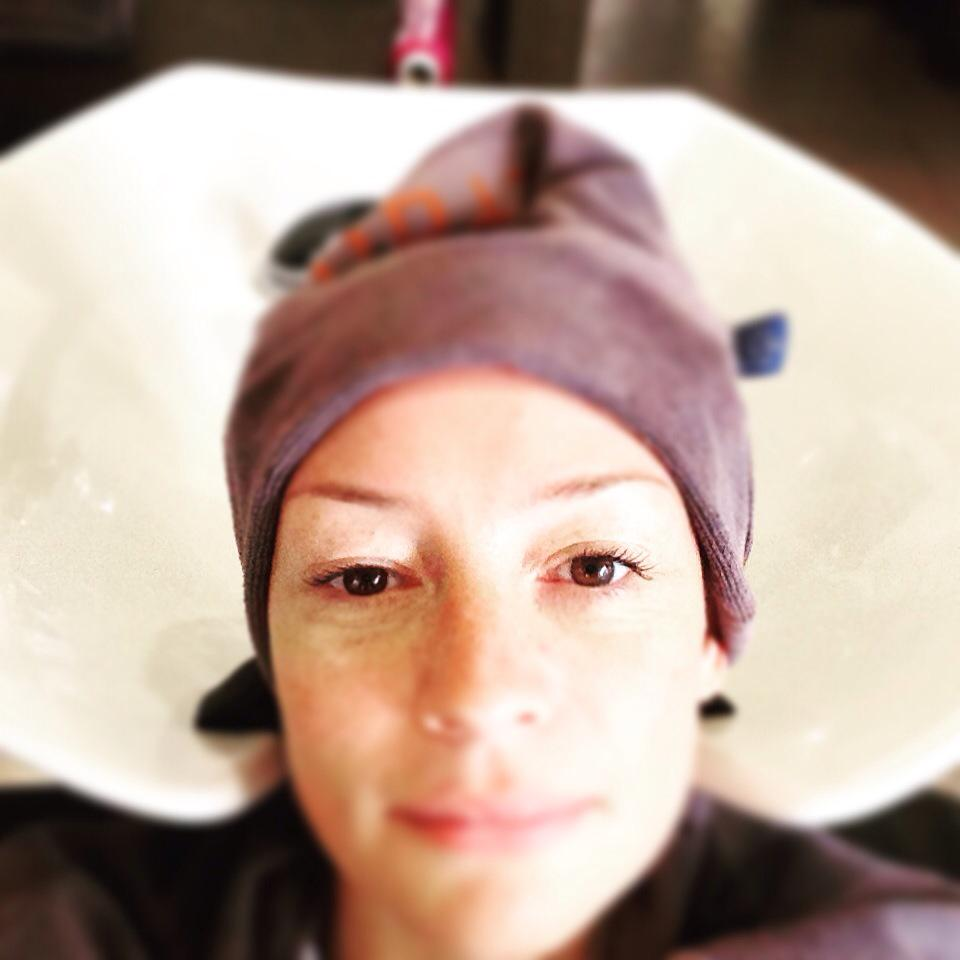 Just what a girl needs: head-massage, good coffee & talks💛 thanks!!! @RobPeetoom @LOreal_PR_DPP http://t.co/NVhglRUKuH