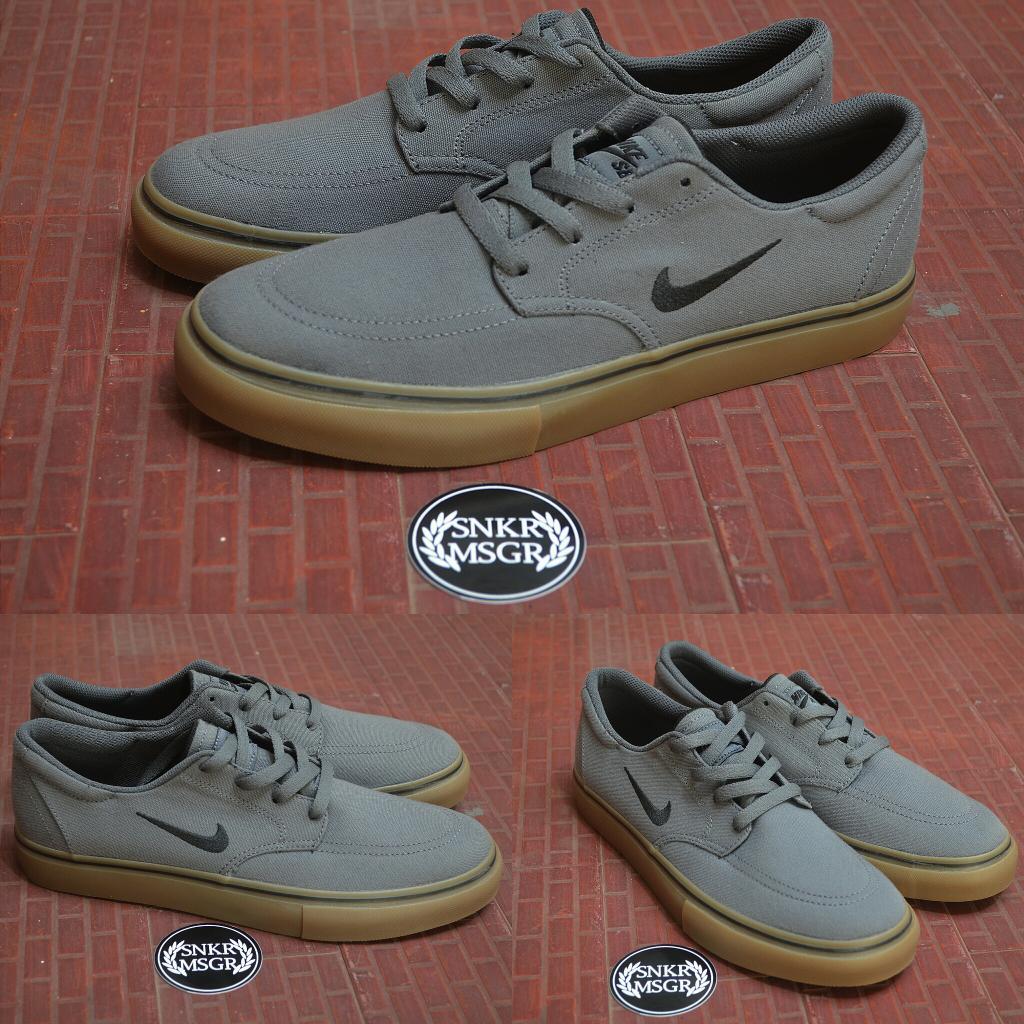 Nike SB Clutch dark grey-gum sole -41