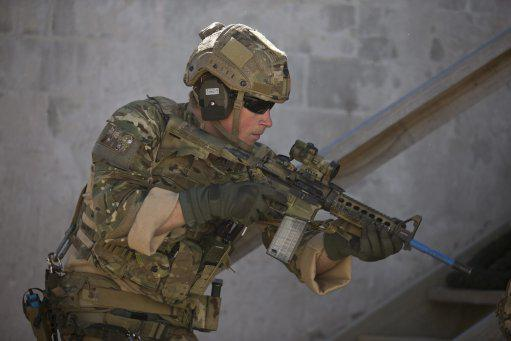 Images of training with Australian armed forces show Prince Harry's tough side: http://t.co/4ZeMWSIjEB Picture: ADF http://t.co/a9ZOzRT9ro