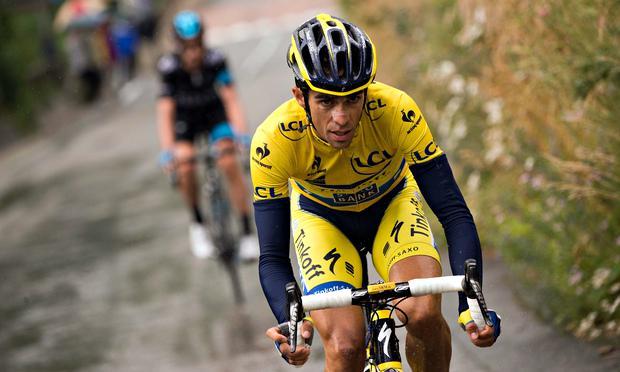 FOTO Alberto Contador uno dei favoriti alla vittoria finale del Giro d'Italia 2015 di ciclismo