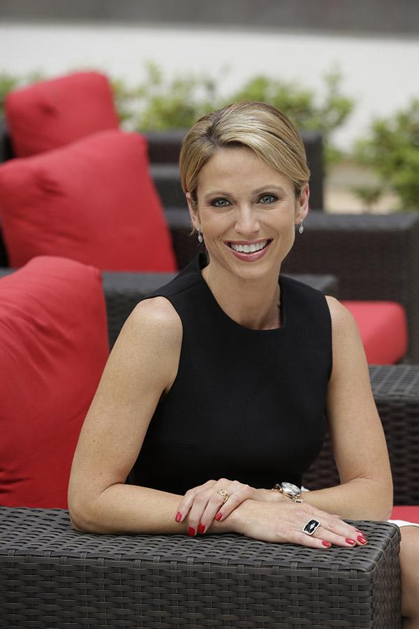 Amy Robach Good Morning | Short Hairstyle 2013
