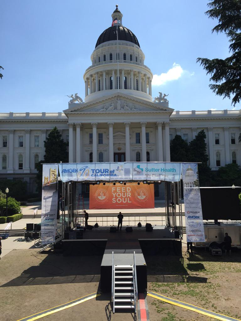 We are one hour from kicking off the @AmgenTOC in #Sacramento! Join us tonight for the free event on Capitol steps! http://t.co/r18cipwVKf