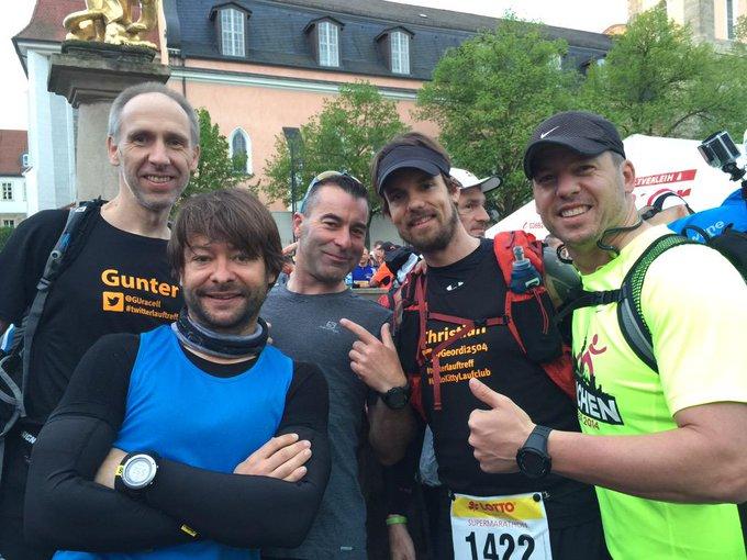 Gunter, Hugo, Ulf, Christian und Patrick vor dem Start des Rennsteig Supermarathons 2015