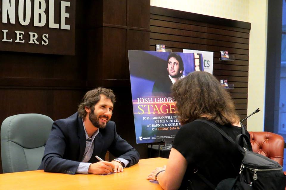 Here are my pics with @joshgroban.  I had such a fun time. :) http://t.co/lUcJqIS36m