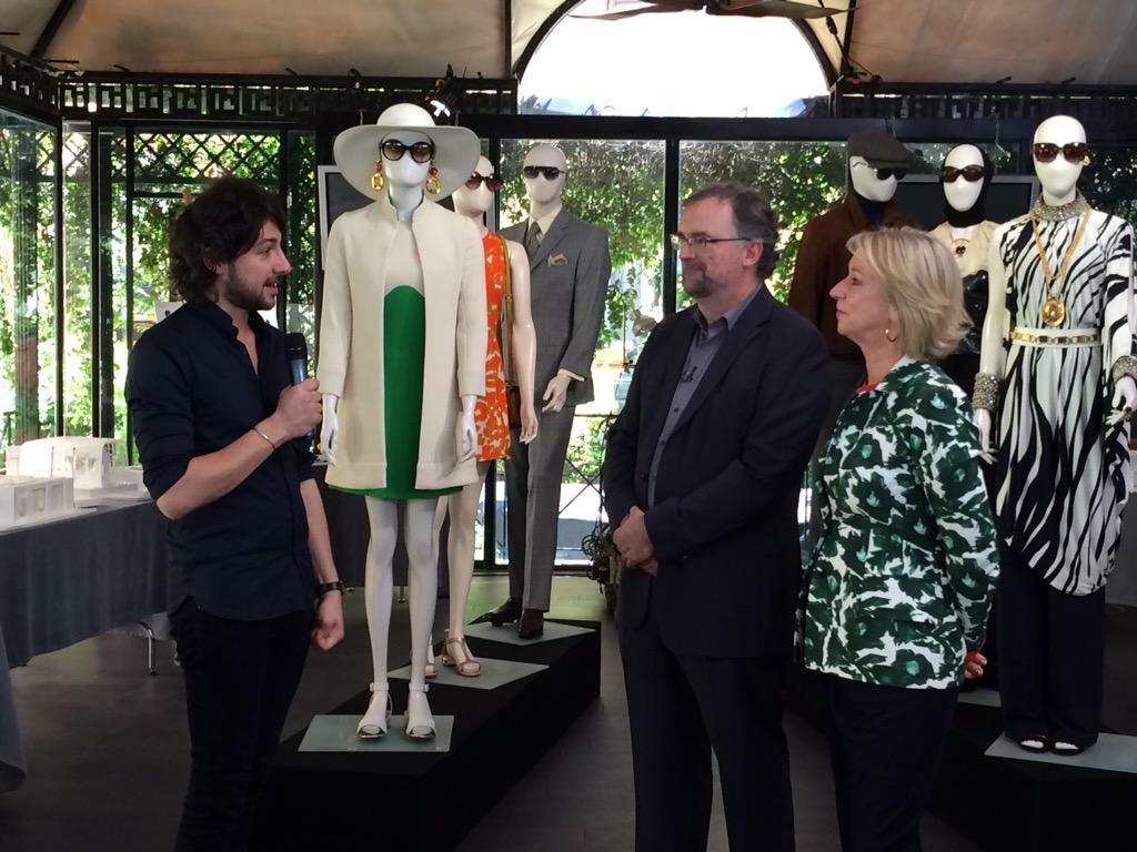 @alex_zane is talking with production designer Oliver Scholl and costume designer Joanna Johnston from #ManFromUNCLE http://t.co/WmJwEjj7oe