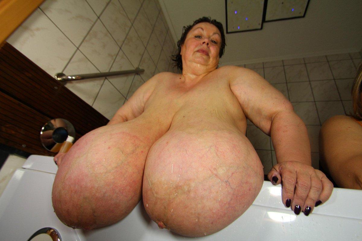 Big Tit Grannies Xxx