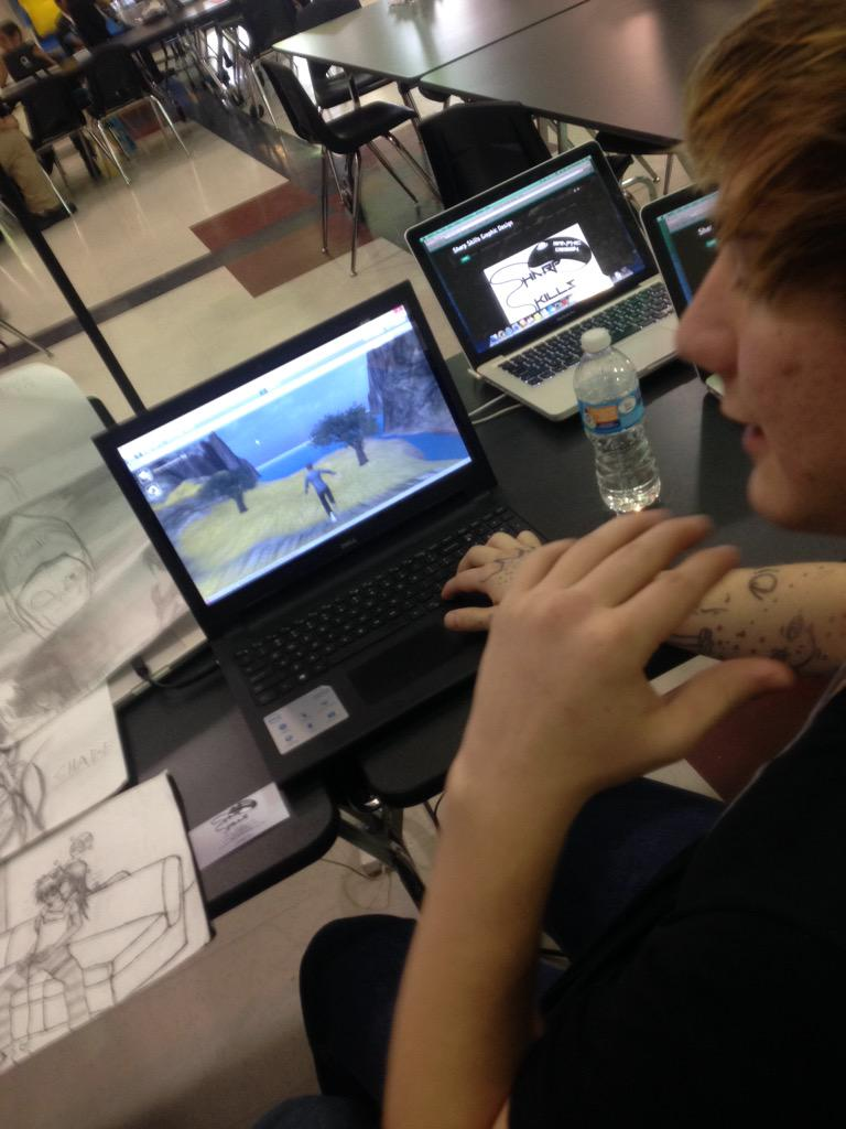 Learning about how @davidconover students use video game design in core classes!#Playdate15 #manorisd http://t.co/qNLqJMdKNn