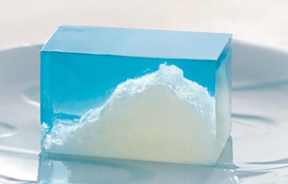 【綺麗な和菓子】 とらや 雲の峯(販売終了) http://t.co/h77FEj0rPJ