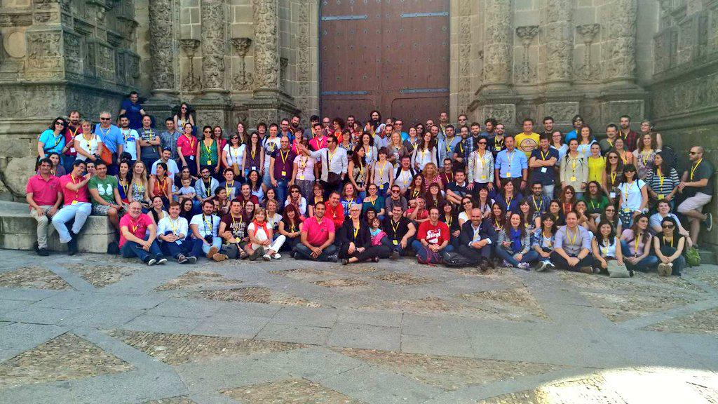La familia del #TBMPlasencia vía @tusdestinos http://t.co/WEodW3sKOk