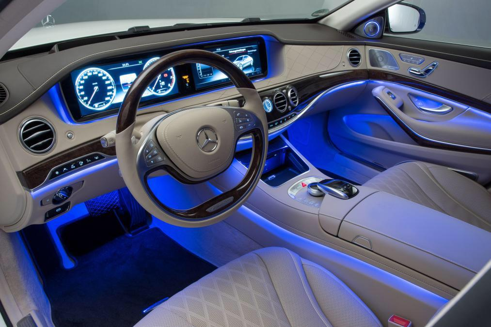 Mercedes Benz S600 interior - Free Car Wallpapers HD