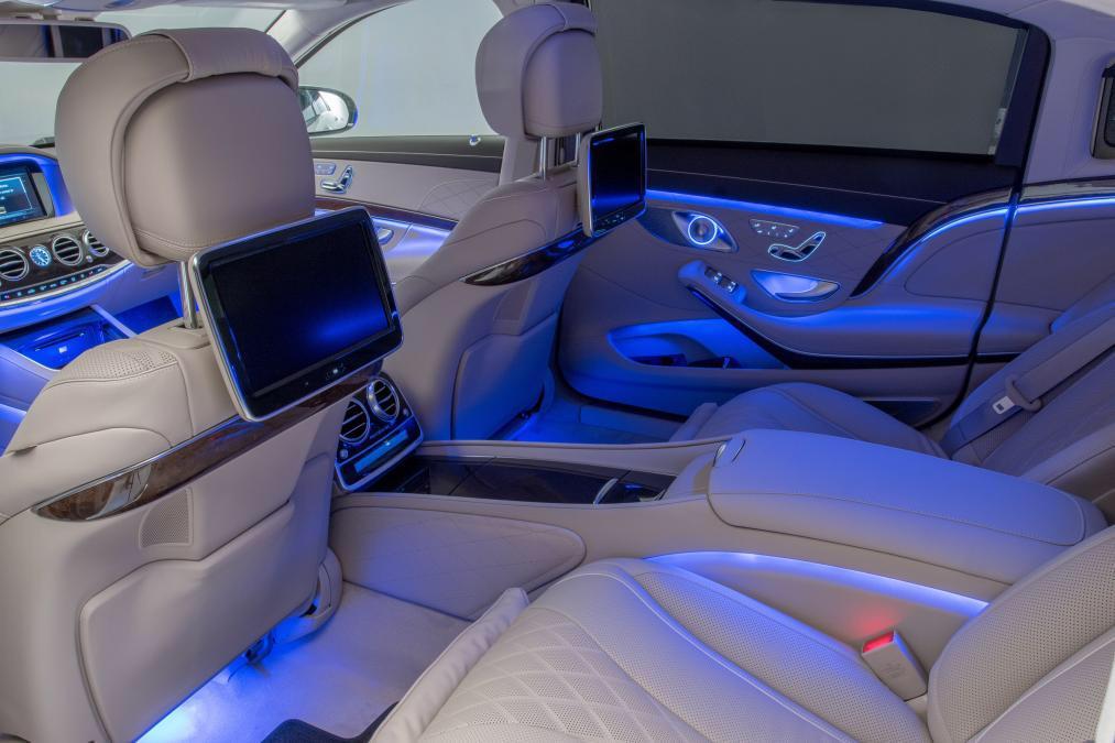 luxury spots on twitter mercedes maybach s600 interior httptcoc7w3sivjii