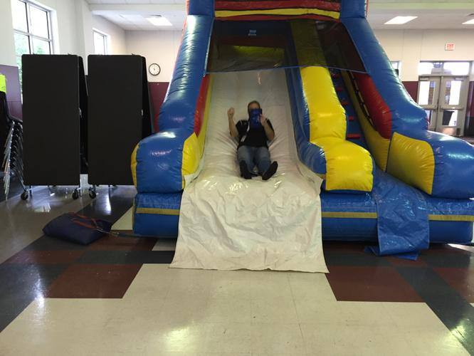And @PLAYDATEATX  we even take time for some fun! #Manorisd http://t.co/uebyxVTWXy