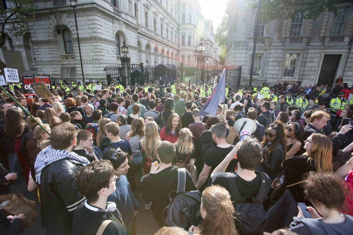 """""""@itvnews: Anti-Tory protests erupt in central London http://t.co/WQTxpFJBMr http://t.co/YhsLL5dRlB"""" < this @DecencyCommon @DrBrianMay"""