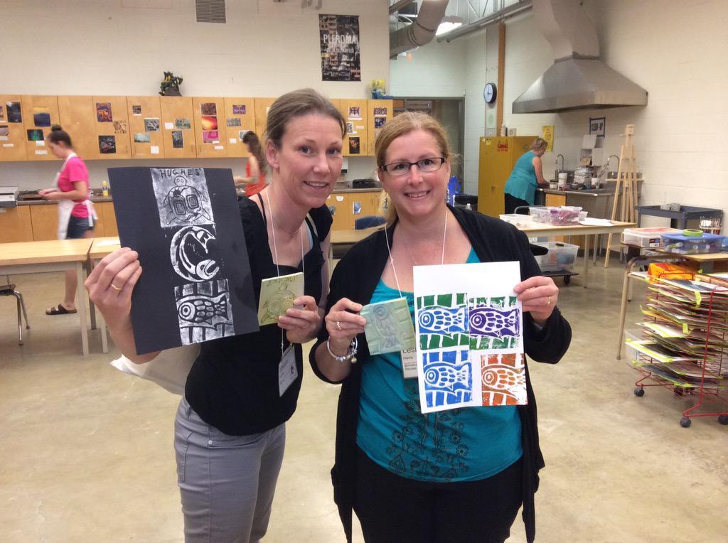 @pmillerscdsb @SCDSB_Schools @jamilamonahan fun print making #aeic2015 http://t.co/cdZR4kIZtB