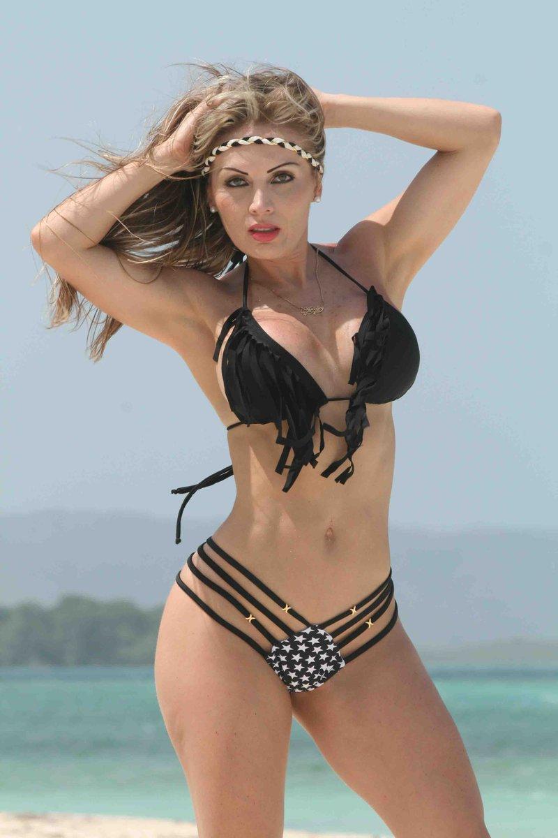 Arcelia Bravo Nude Photos 66