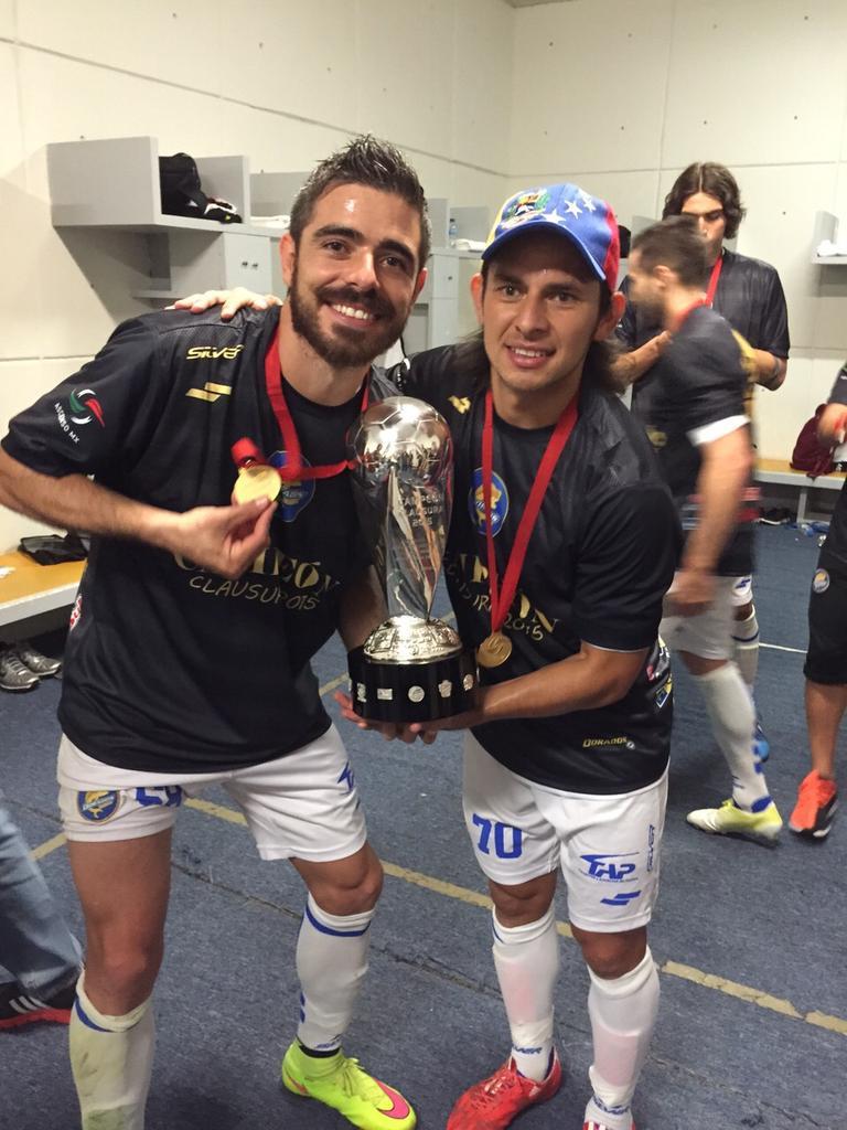 Una vez mas campeon de la mano de @rodriprieto11 que grande papa!! http://t.co/ipdd0Dsm4j