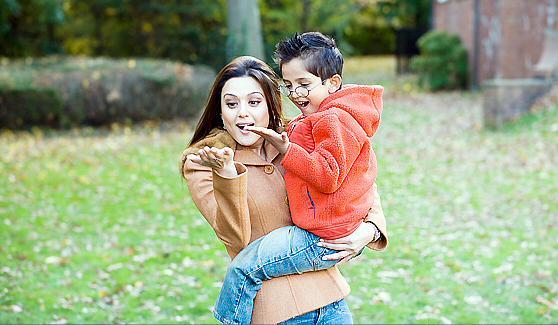 "PreityZintaFrance on Twitter: ""Preity Zinta is a mother of a son in Kabhi  Alvida naa kehna #MotherOnScreen :) http://t.co/ZondBkiw09"""