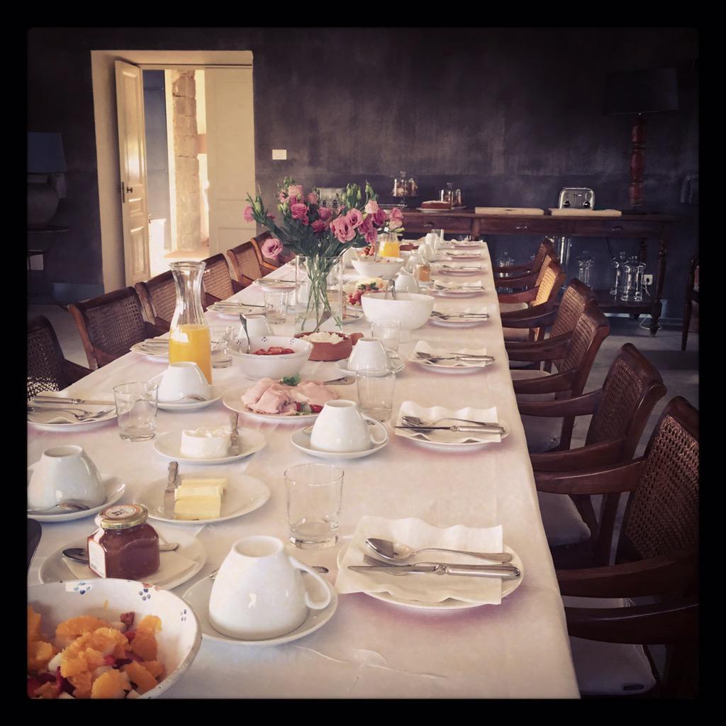 Sunday breakfast at http://t.co/IboasbiEG1 #siciliansummer #sicilianfood https://t.co/lDsANdgRHA