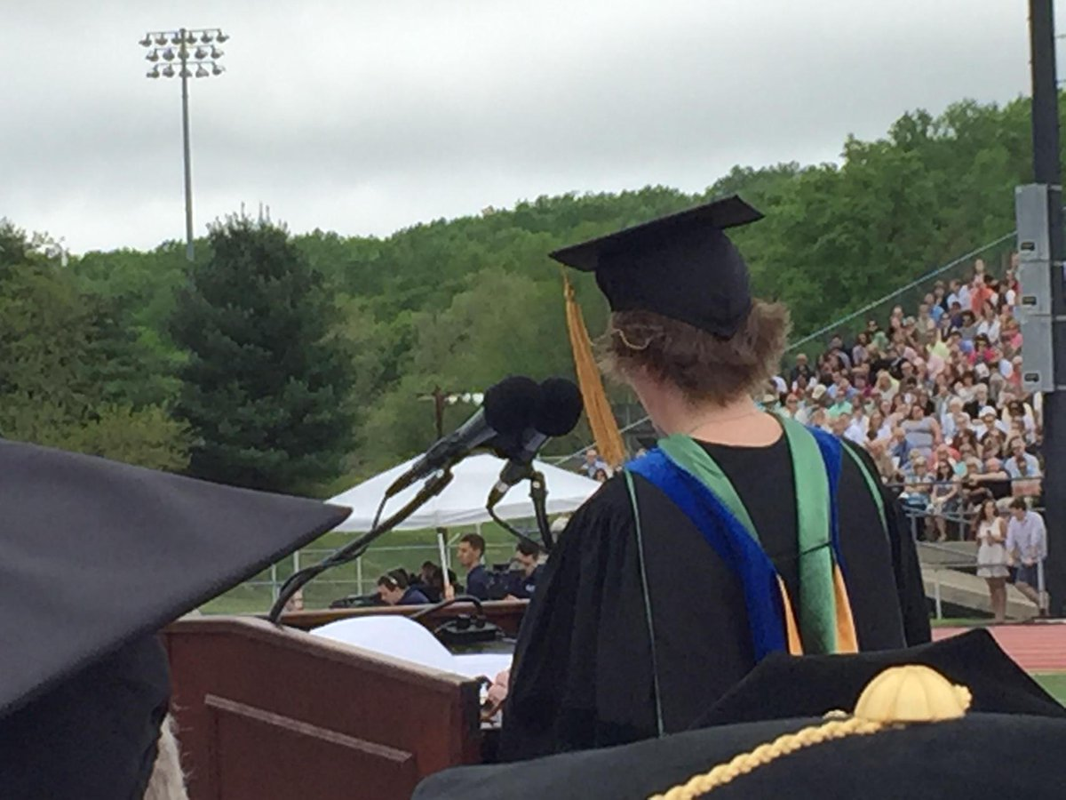 Nicole Melander talks tweets in her commencement address @WCUgraduation http://t.co/BrxvPzDL34