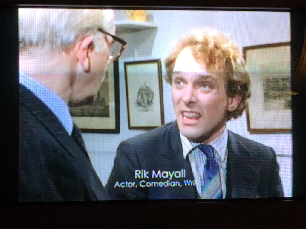 Much respect for #BAFTATV @BAFTA sad to think it's nearly been a year :'( #RikMayall @MemorialRik http://t.co/HTA9CZMcBh
