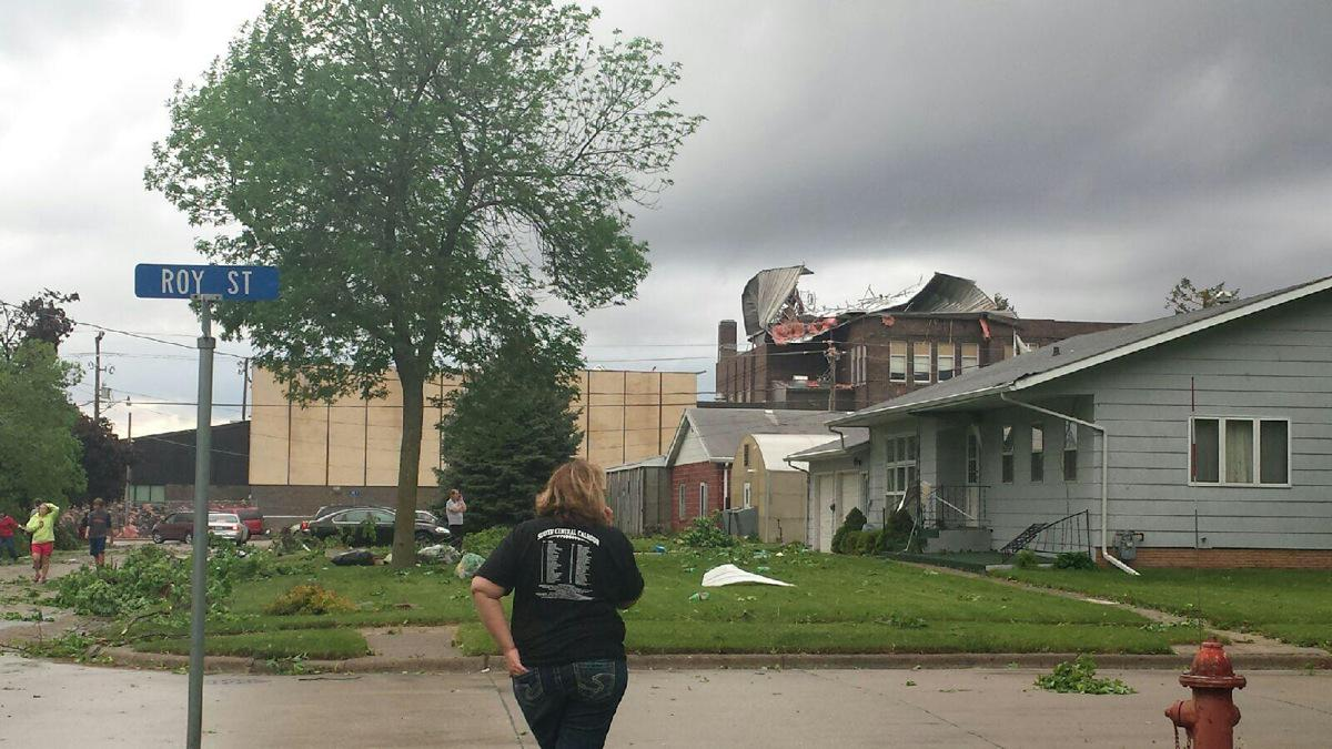 Tornado damage to High School (5/10/2015). #IAwx -- RT @TritonMB: From my sister in Lake City, IA http://t.co/VbU6hTgMO3