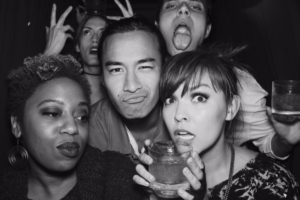 #Photobooth game strong @KyraSelman @SaraAnneFahey @jordansblah09 @SamuelLarsen http://t.co/h9WoZEZEeo