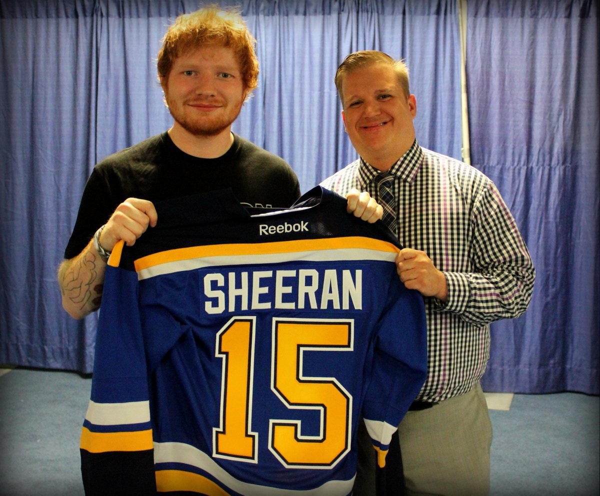 .@edsheeran was presented with a personalized @StLouisBlues jersey before his show tonight at Scottrade Center! http://t.co/E2htxSa4d3
