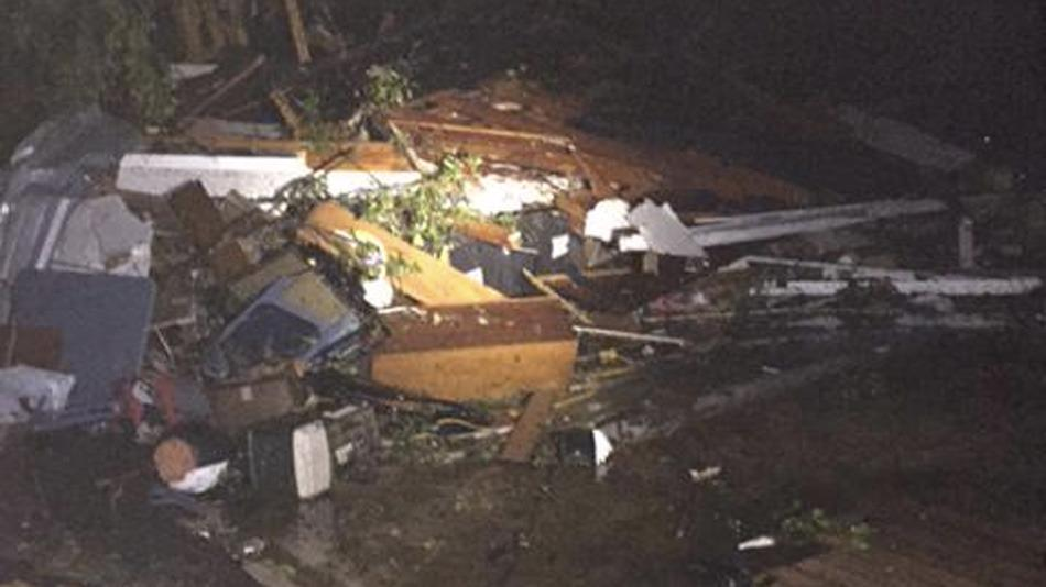 Dozens injured as tornado devastates small city of Van, Texas http://t.co/iZkbIVavpU http://t.co/MYydKhQsu7