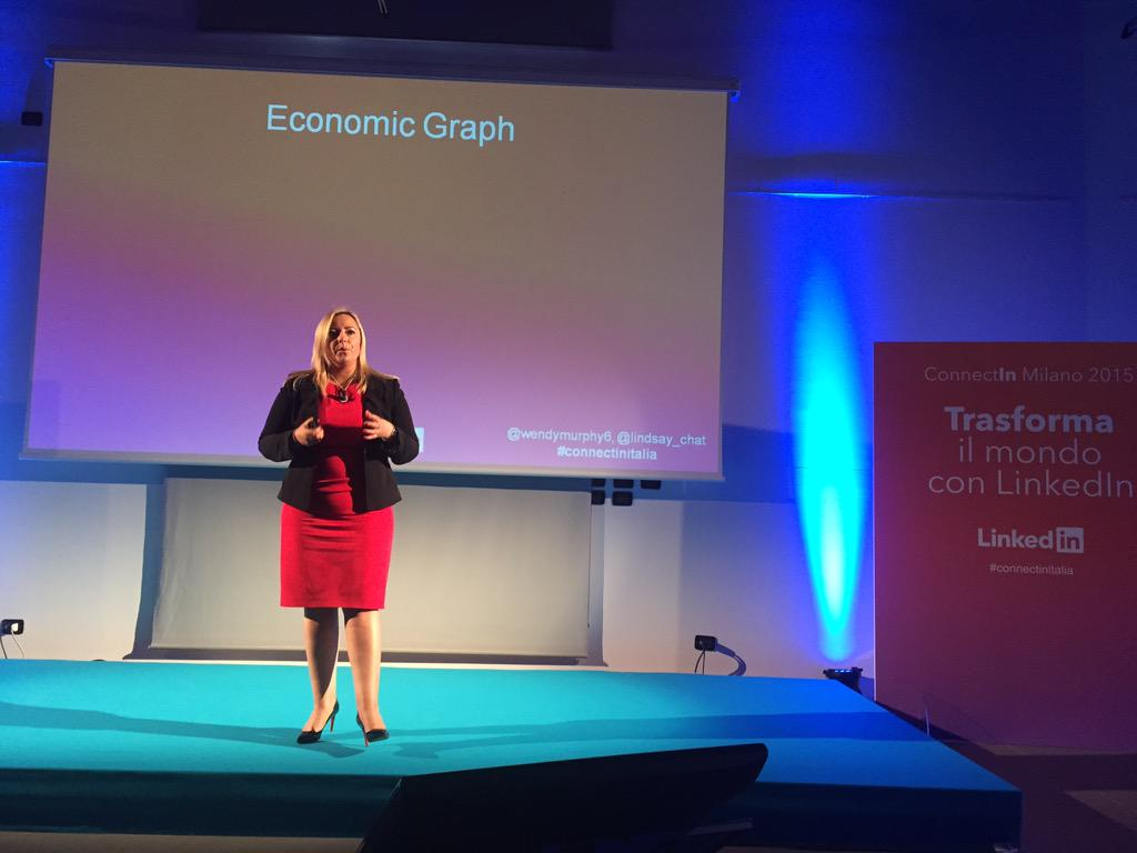 Sul palco del #ConnectInItalia @wendymurphy6 talking about the economic graph! #LinkedIn http://t.co/ktDFHQmgEP
