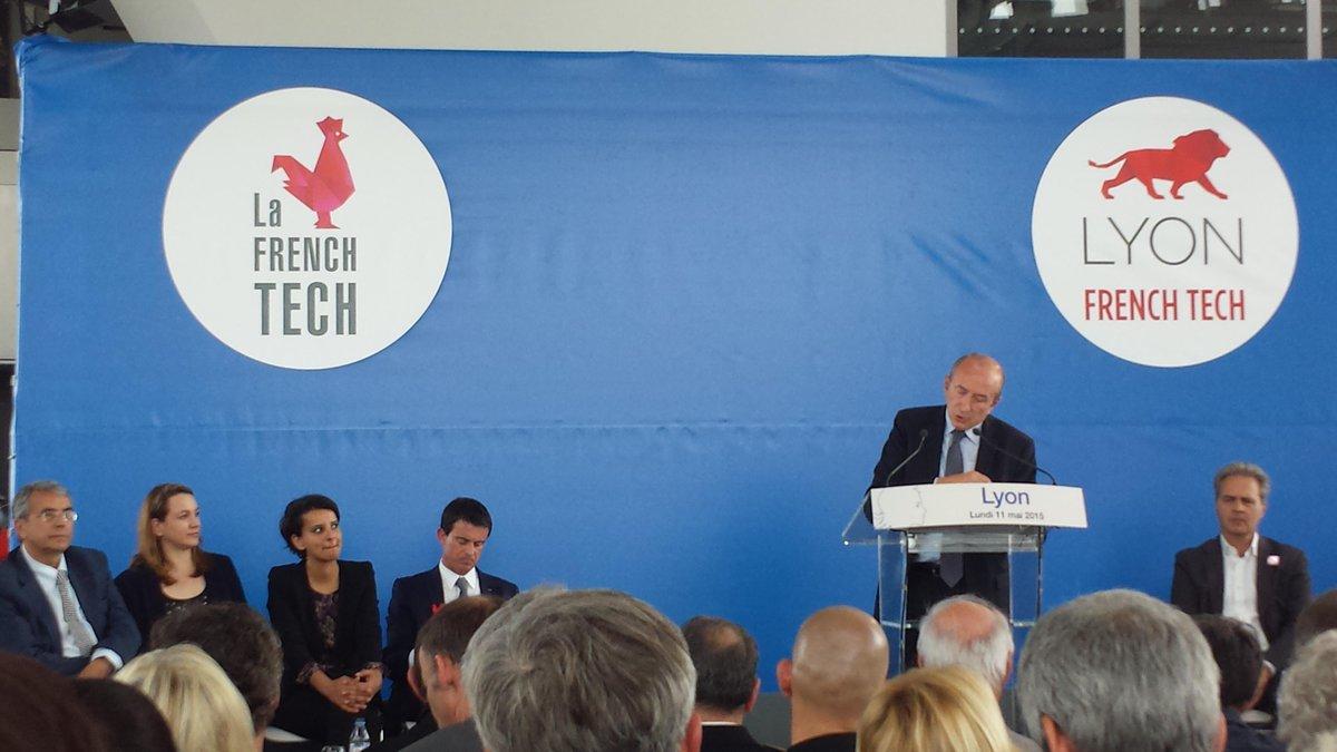 Visite du Premier Ministre, @LyonFrenchTech en direct #Lyon @Iperlink présent ! http://t.co/IJbpkK05NH