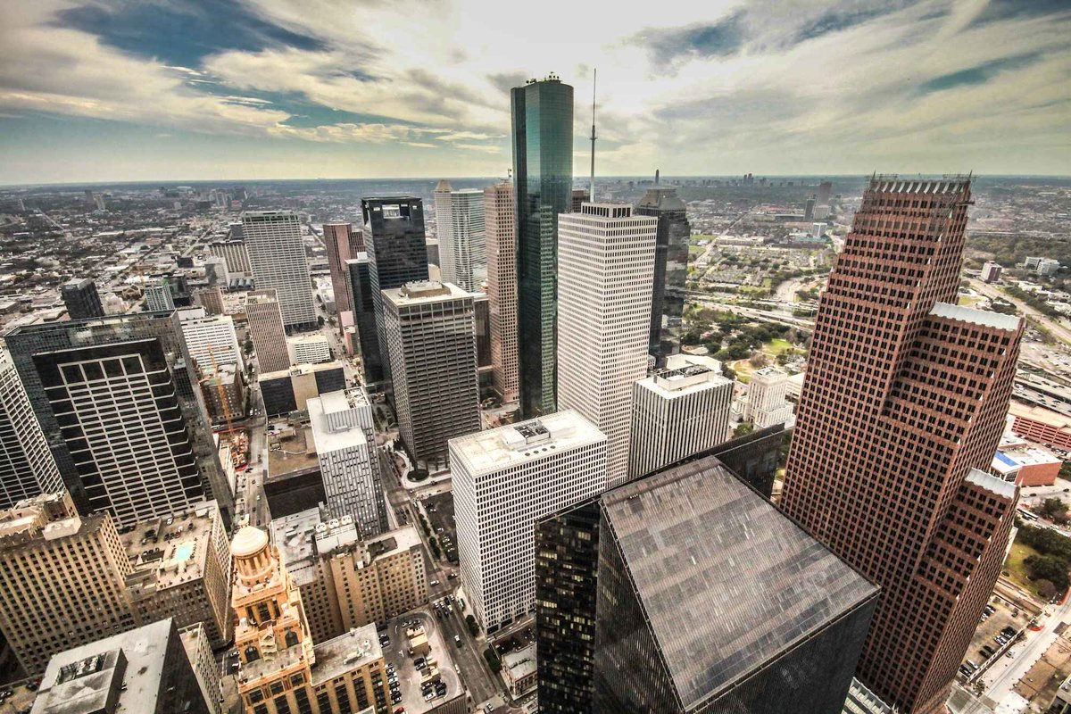 The Houston Bucket List - 40 Things to Do Before You Die: http://t.co/lzaeR6uZHq http://t.co/SfFqyMpSph