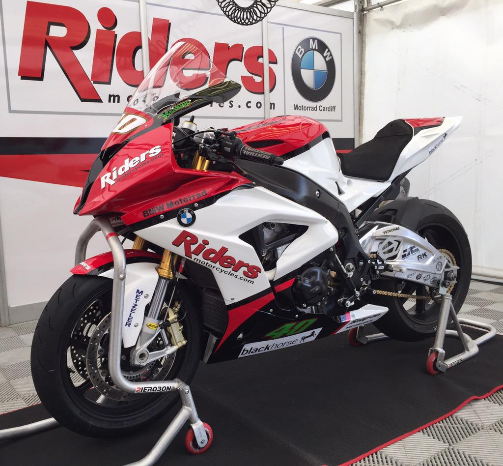 [Road racing] NW 200  2015  CEvEj1nW8AACzek